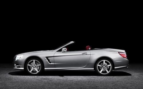梅赛德斯奔驰在德国开始生产新型B级车